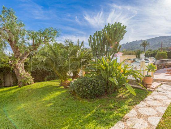 Buy 5 bedrooms villa in Alhaurin de la Torre | Bromley Estates