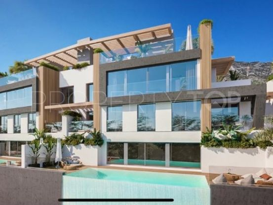 Buy villa with 5 bedrooms in Benahavis | Bromley Estates
