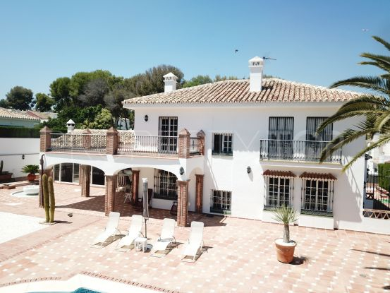 For sale Fuengirola 4 bedrooms villa | Bromley Estates