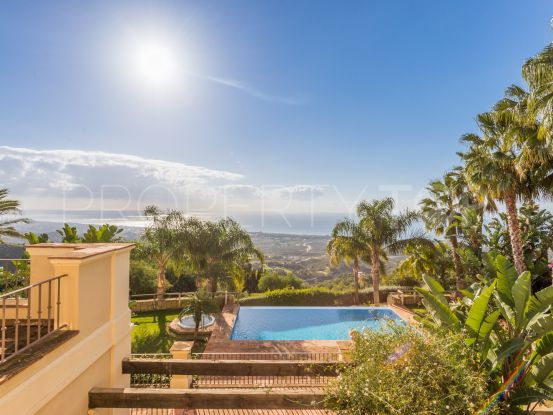 6 bedrooms Los Monteros villa | Bromley Estates