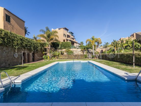 3 bedrooms Estepona town house for sale | Future Homes