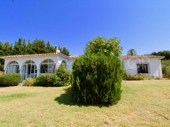 3 bedrooms Estepona villa | Future Homes