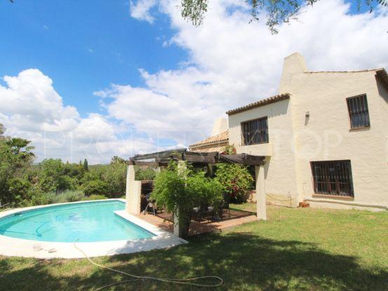 Buy villa with 5 bedrooms in Estepona | Future Homes