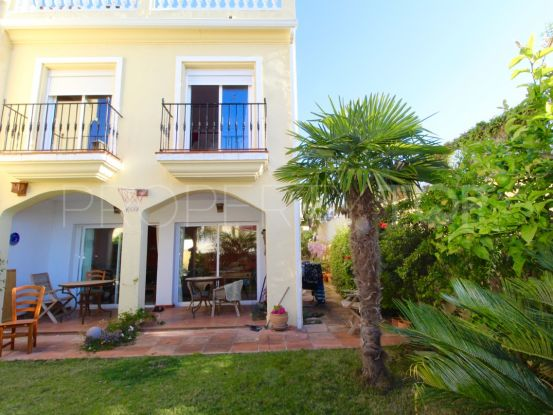 For sale town house with 3 bedrooms in Estepona | Future Homes