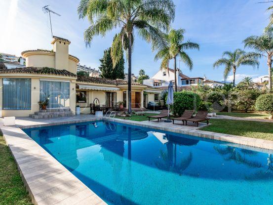 Nueva Andalucia 5 bedrooms villa for sale | Gabriela Recalde Marbella Properties