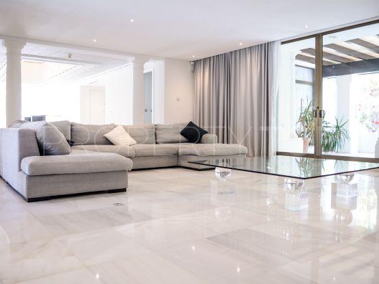 5 bedrooms penthouse in Alcazaba for sale | Gabriela Recalde Marbella Properties