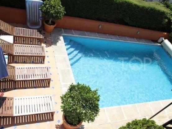 Villa for sale in Rio Real with 4 bedrooms | Marbella Banús