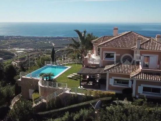 Villa in Los Altos de los Monteros with 4 bedrooms   Marbella Banús