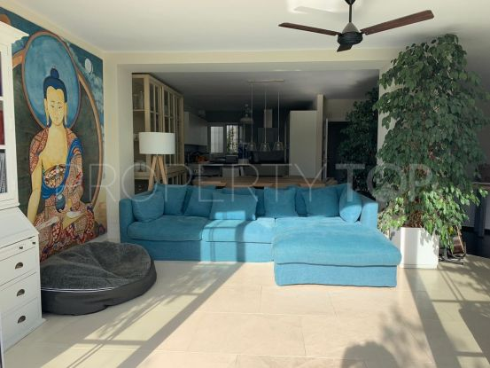 For sale town house with 4 bedrooms in Marbella   Marbella Banús