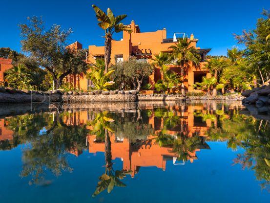 Buy apartment in Nueva Andalucia with 2 bedrooms | Amrein Fischer