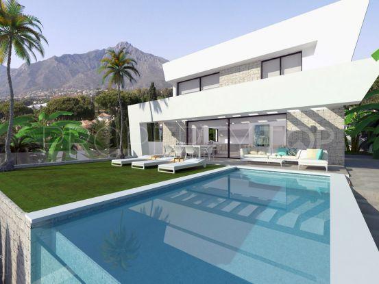 Villa for sale in Cala de Mijas with 4 bedrooms | Amrein Fischer
