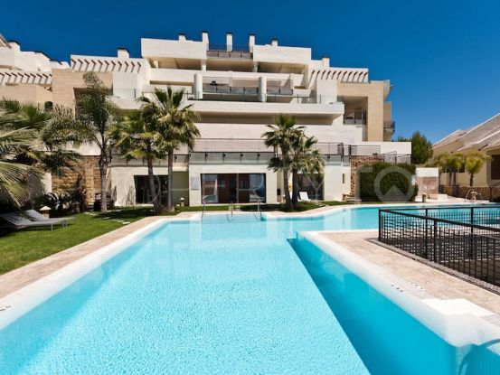 Penthouse in Los Monteros Hill Club with 3 bedrooms | Amrein Fischer