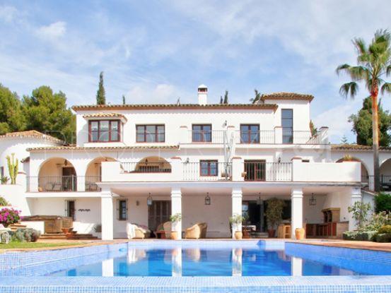 Buy La Carolina villa | Amrein Fischer
