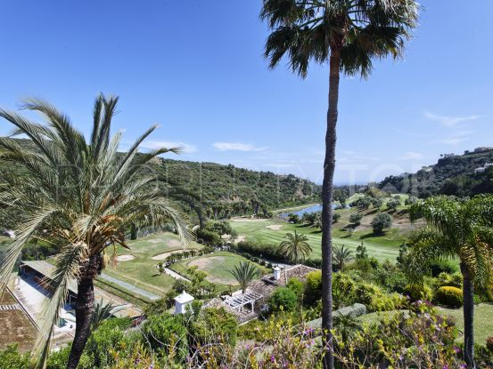 For sale duplex penthouse in Lomas de La Quinta, Benahavis | Amrein Fischer