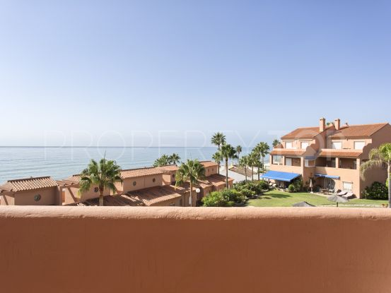 2 bedrooms penthouse in Estepona Playa for sale | Amrein Fischer