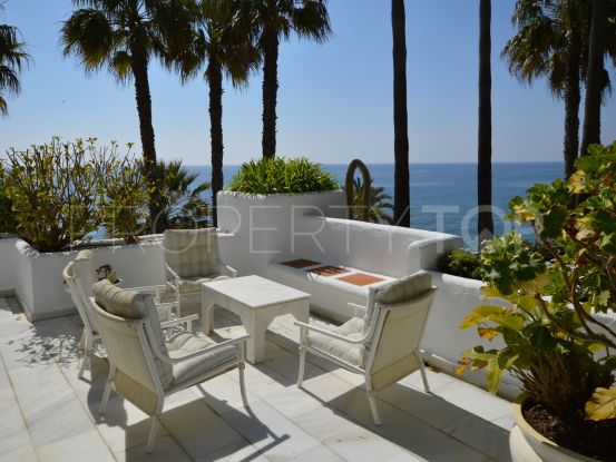 Buy duplex penthouse in Alhambra del Mar with 3 bedrooms | Amrein Fischer