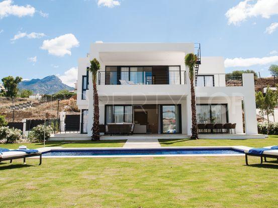 Villa in Los Olivos | Amrein Fischer