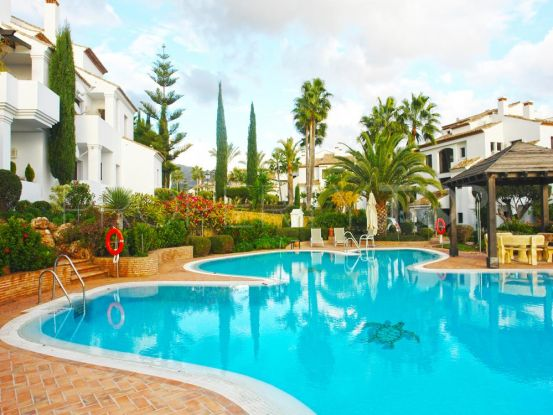 Apartment with 2 bedrooms for sale in Monte Paraiso Country Club, Marbella Golden Mile | Amrein Fischer