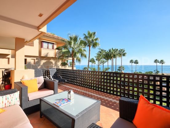 For sale 3 bedrooms apartment in Costalita del Mar, Estepona | Terra Realty