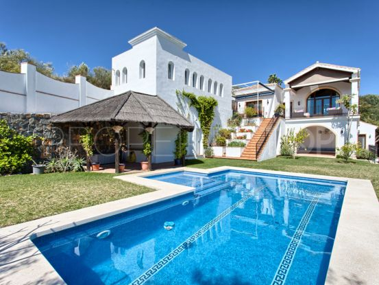 4 bedrooms Monte Mayor villa for sale | Terra Realty