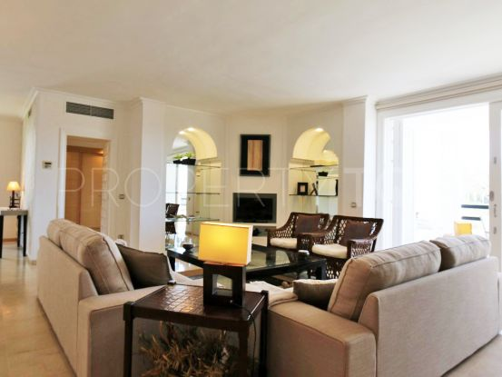 Apartment with 3 bedrooms for sale in Los Monteros Playa, Marbella East | Terra Realty