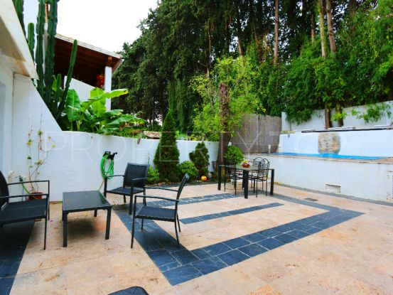 Town house for sale in Los Naranjos de Marbella with 2 bedrooms | Terra Realty