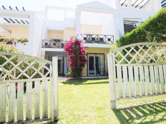 Adosado a la venta con 3 dormitorios en La Quinta, Benahavis   Terra Realty