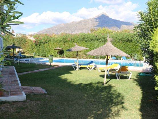 Town house for sale in El Naranjal, Nueva Andalucia | Terra Realty