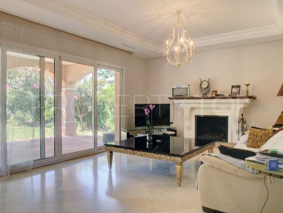 Chalet for sale in Las Brisas | Escanda Properties