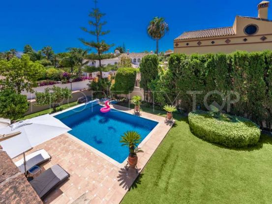 Chalet for sale in San Pedro de Alcantara | Escanda Properties