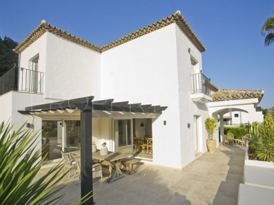 Chalet for sale in Marbella Country Club with 5 bedrooms | Escanda Properties