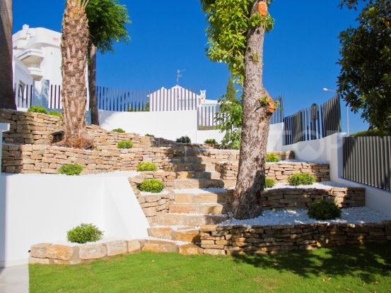 7 bedrooms house in Guadalmina Alta for sale | Escanda Properties