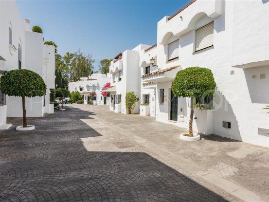 5 bedrooms San Pedro de Alcantara town house | Escanda Properties