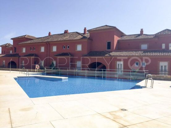 Apartment in Pueblo Nuevo de Guadiaro with 3 bedrooms | Consuelo Silva Real Estate