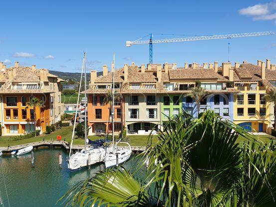Isla del Pez Volador apartment for sale | Consuelo Silva Real Estate