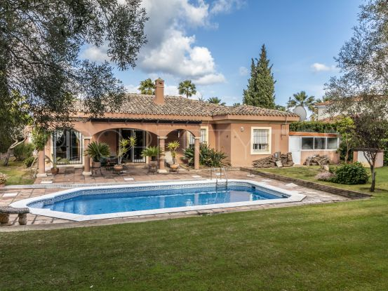 Buy villa in Sotogrande Costa with 3 bedrooms | Consuelo Silva Real Estate
