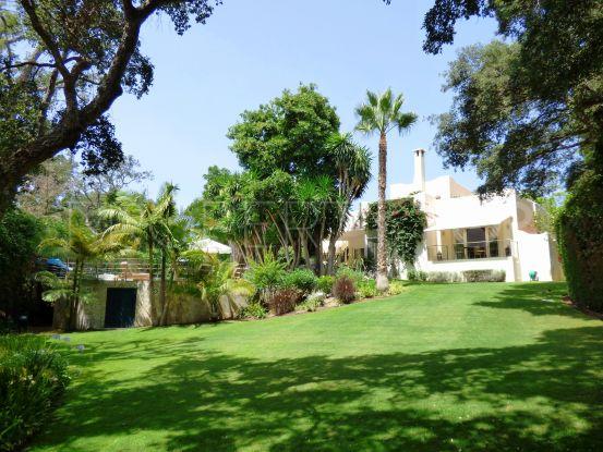 Villa for sale in Sotogrande Costa | Consuelo Silva Real Estate
