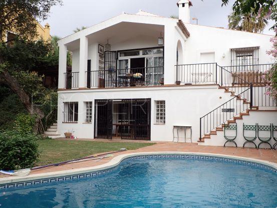 For sale villa in Sotogrande Costa with 3 bedrooms | Consuelo Silva Real Estate