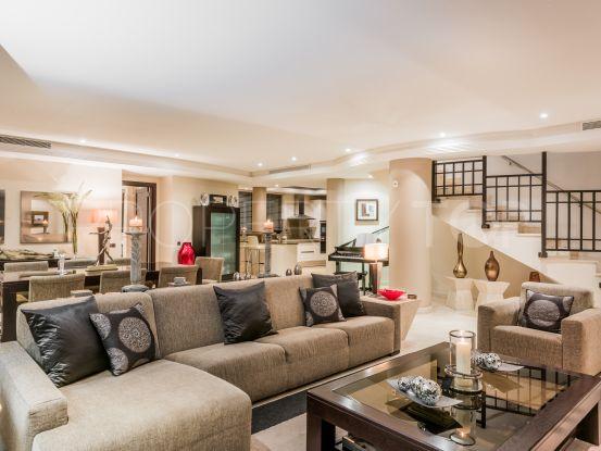For sale 3 bedrooms duplex penthouse in Laguna de Banus, Marbella - Puerto Banus | Callum Swan Realty