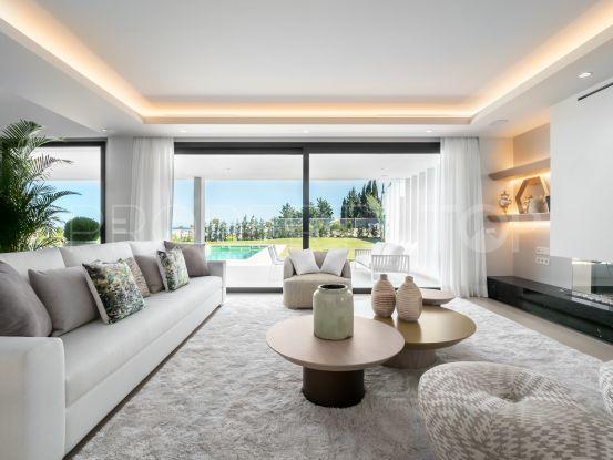 3 bedrooms Estepona villa for sale | Callum Swan Realty