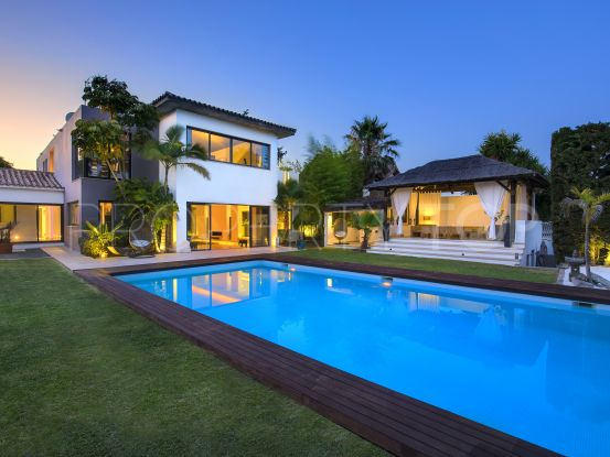 4 bedrooms villa in New Golden Mile for sale | Callum Swan Realty