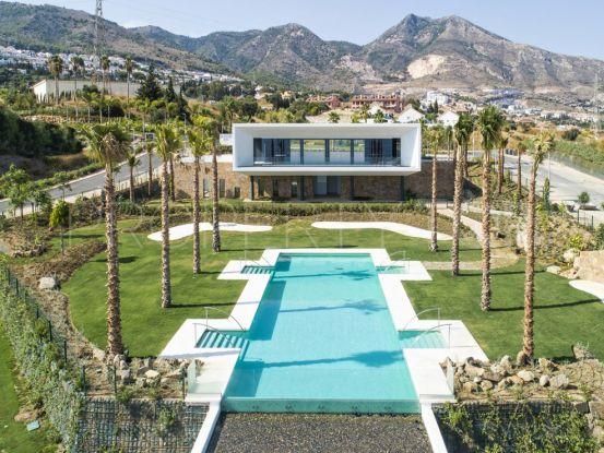 Villa de 4 dormitorios en venta en Benalmadena Costa | Benimar Real Estate