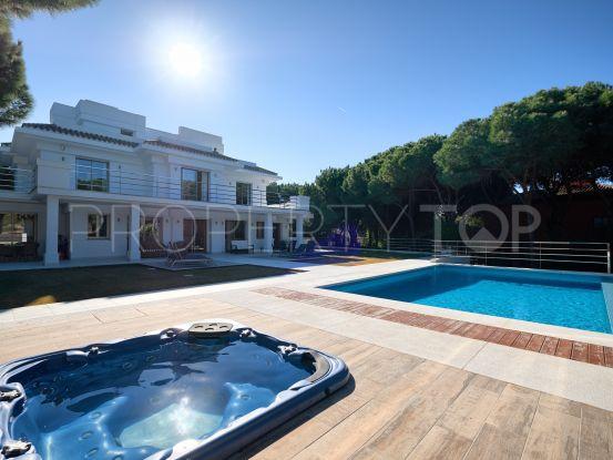 For sale Hacienda las Chapas villa with 5 bedrooms | Benimar Real Estate