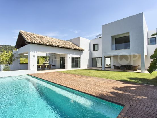 Los Arqueros villa with 6 bedrooms | Benimar Real Estate