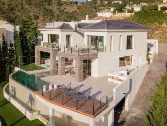 For sale 6 bedrooms villa in La Quinta, Benahavis | Benimar Real Estate