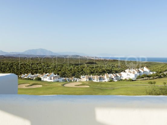For sale apartment in Alcaidesa with 3 bedrooms | Benimar Real Estate