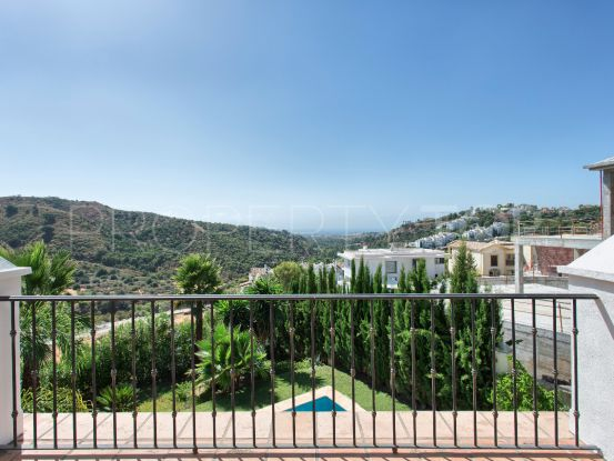 Villa with 4 bedrooms for sale in La Quinta, Benahavis | Excellent Spain