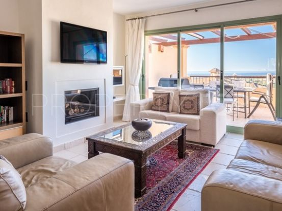 4 bedrooms penthouse for sale in Four Seasons, Benahavis | Excellent Spain