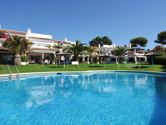For sale 3 bedrooms town house in Marbella East | Excellent Spain