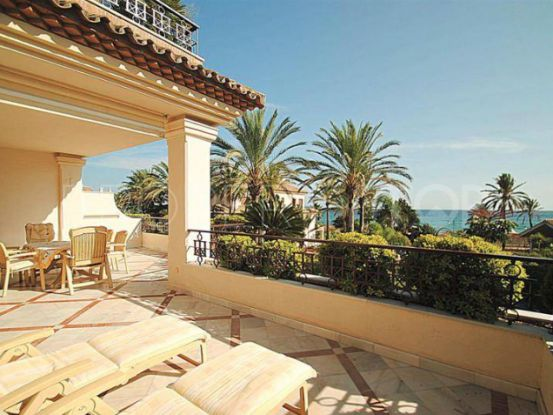 3 bedrooms apartment for sale in Los Monteros Playa, Marbella East | Excellent Spain